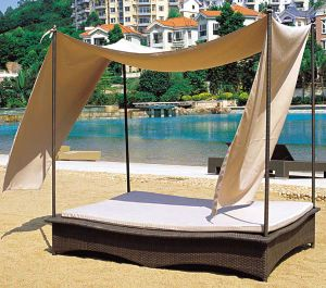 Outdoor Wicker/Rattan Square Daybed (LN-100) pictures & photos
