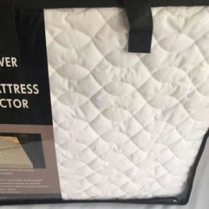 High Quality 100% Bamboo Fiber Quilt pictures & photos