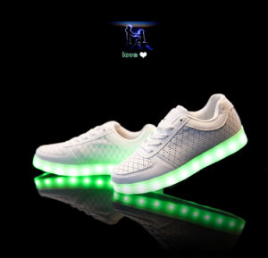 Luminous USB Charging Light LED Shoes with 11 Changeable Color pictures & photos