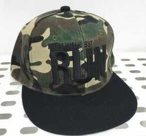 Fashionable Camouflage Pattern Hiphop Cap pictures & photos