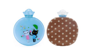 700ml Heart-Shaped PVC Hot Water Bottle pictures & photos