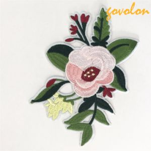 2017 Fashion Flower Patch for Garment/Bag pictures & photos