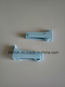 Infusion Set Roller Clamp, Fit for O. D. 4.0mmtubing pictures & photos