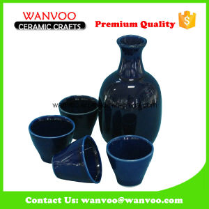 Hand Made Dark Blue Ceramic Japaness Sake Set with Wineglasses for Drinking pictures & photos