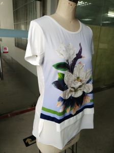 Latest Fashion Ladies T-Shirt with Flower Clothes pictures & photos