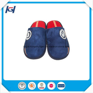 Wholesale Low Price Personalized House Slippers for Men pictures & photos