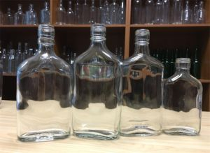 Flask Glass Bottle for Rum, Whisky pictures & photos