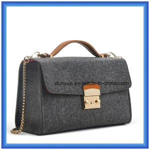 Hot Promotion Ladies Shopping Hand Single Shoulder Bag with Metal Belt (wool content is 70%) , OEM Wool Felt Casual Messenger Bag pictures & photos