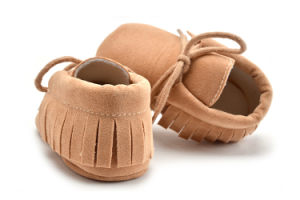 2017 New Arrivals Baby Shoe Hand Made Casual Shoe pictures & photos
