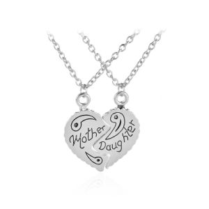 Imitation Jewelry Mother & Daughter Best Friends Mother′s Day Broken Heart Pendant Necklace Alloy pictures & photos