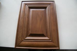 Walnut Color Solid Wood Kitchen Cabinet pictures & photos