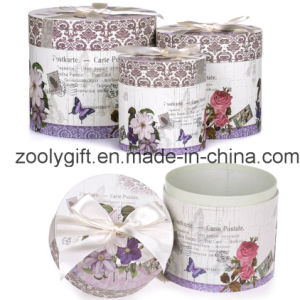 Customized Gift Round Cardboard Box Set with Decorated Ribbon pictures & photos