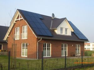 (HM-ON2K) 2kw on-Grid Solar Home System for Residential Solar Energy pictures & photos