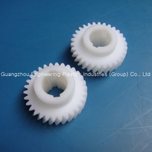 Customized Best Quality Plastic POM Gear pictures & photos