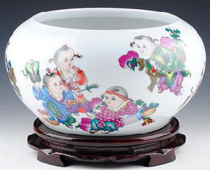 Chinese Antique Reproduction Fish Pot pictures & photos