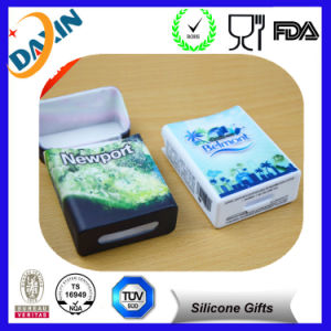 Very Cool Offerset Printing Silicone Cigarette Case pictures & photos