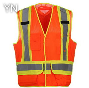 Reflective Safrty Vest with High Visibility at Day and Night pictures & photos