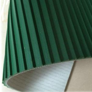 PVC White/Green Longitudinal Rib/Saw Tooth High Friction Conveyor Belt pictures & photos