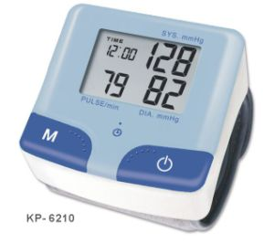 Wrist Watch Kp-6210 Blood Pressure Monitor Supply OEM ODM Ce Certificated pictures & photos