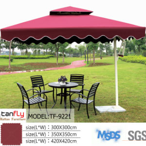 a Variety of Colors Available Hotel Patio Umbrella Beach pictures & photos