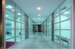 Modern Clear Operable Office Glass Cubicle Walls Partition (SZ-WS568) pictures & photos