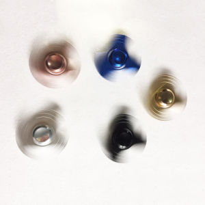 5 Colors Available Clover Style Fidget Spinner pictures & photos