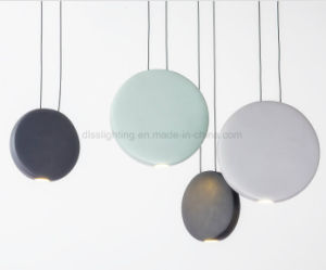 2017 Hot Sale Resin and Acrylic Pendant Lamps for Rooms LED Handing Lightings pictures & photos