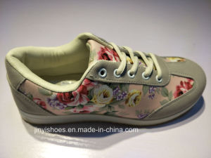 New Style More Color Shoes/ Comfort Shoes/Girl′s Shoes pictures & photos