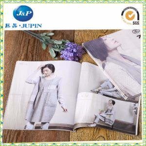 Professional Book Printing/Catalogue Printing / Brochure Printing in China (MP-002) pictures & photos