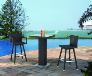 Garden Rattan/Wicker Bar Furniture Table and Stool Set pictures & photos