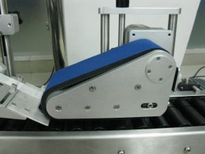 High Speed Penicillin Bottle Labeler pictures & photos