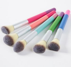 5PCS Beauty High Quality Professional Makeup Brush Set for Traveling pictures & photos