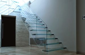 Glass Floating Staircase pictures & photos