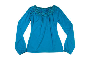 Ladies Two Color Lace Round Neck Blouse pictures & photos