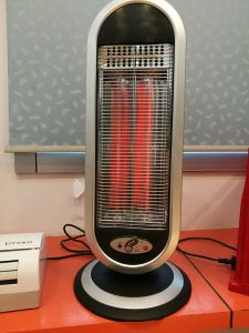 900W Household Heater with Carbon Heating Element pictures & photos