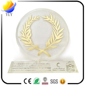 Custom Logo Crystal Glass Trophy for Souvenir Gifts pictures & photos