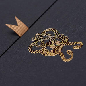 Gold Foil Hot Stamping Foil Heat Transfer Foil on High Quality Wine Paper Packaging pictures & photos