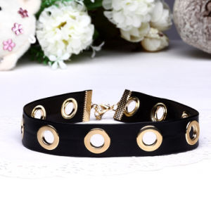 Soft Leather Fashion Women Alloy Necklace pictures & photos