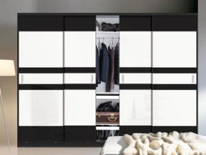 Wooden Sliding Door Wardrobe for Bedroom (ZH001) pictures & photos