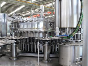 8000b/H Full Automatic Filling Line for Soft Drinks pictures & photos