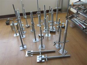 Types of Scaffolding Adjustable Screw Jack Base pictures & photos
