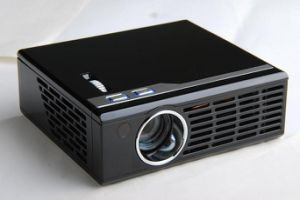 Mini LED Projector with 800 x 600 Pixels Resolution and 16GB TF Slot