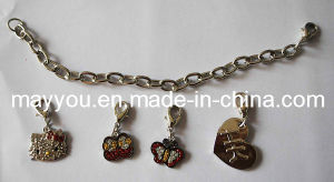 Fashion Jewelry-Hello Kitty Charm Bracelet with Rhinestones