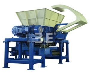 Hydraulic Drive Shredder/Plastic Crusher/Tire Shredder of Recycling Machine/ Gld61180 pictures & photos