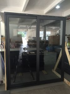 Hot Selling High Quality Customized Hotel Glass Sliding Door Aluminum Sliding Door pictures & photos