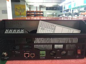 Factory Wholesale AC DC Pure Wave Solar Inverter pictures & photos