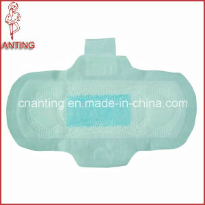 Soft and Comfortable Ladies Sanitary Napkin pictures & photos
