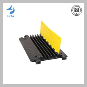 5 Channel Rubber Cable Protector Speed Hump pictures & photos