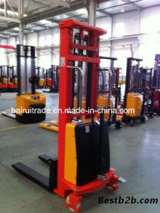Semi Electric Stacker Forklift for Sale pictures & photos