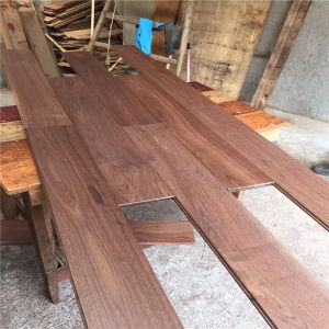 Best Quality Charming Texture Natural Color Walnut Hardwood Flooring